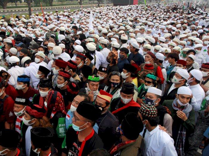 Sewot Massa Penjemput Rizieq Dinilai Sedikit, Tengku Zulkarnain: Matamu Buka yang Lebar