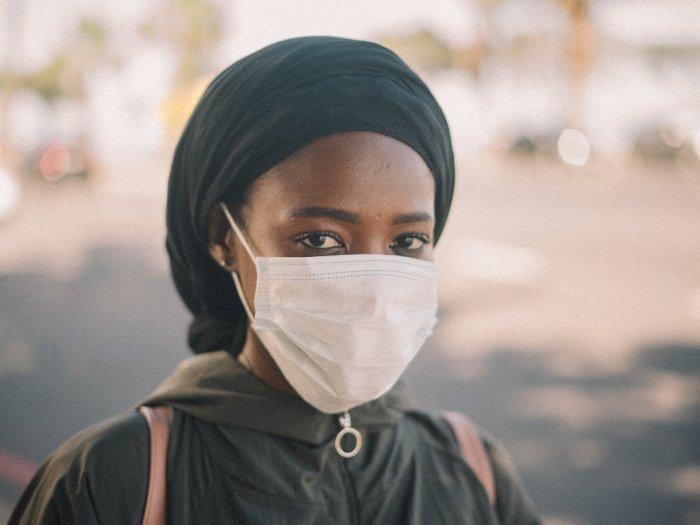 Lindungi Kulit Wajah dari Polusi Udara dengan Perawatan Berikut Ini