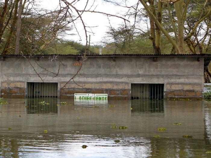 FOTO: Ratusan Orang Mengungsi Akibat Banjir di Kenya