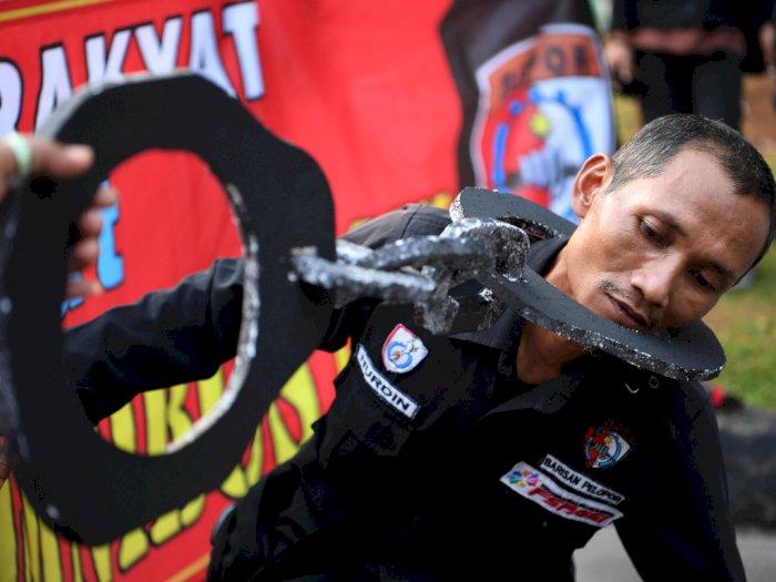 FOTO: Aksi Tolak UU Omnibus Law di Jakarta