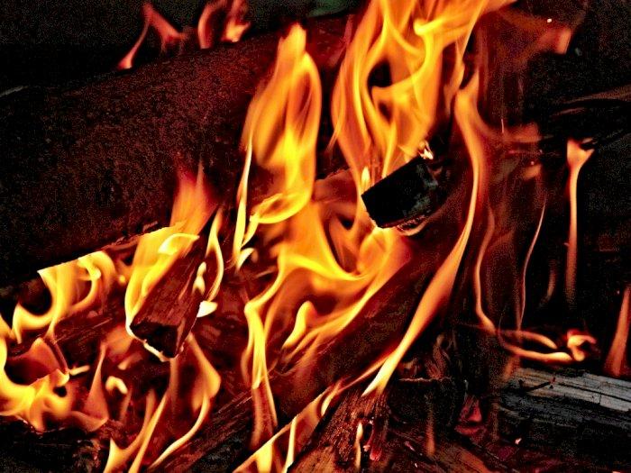 Heboh Pria di Medan Dibakar Oleh Orang Tak Dikenal, Pelakunya Kabur Melarikan Diri