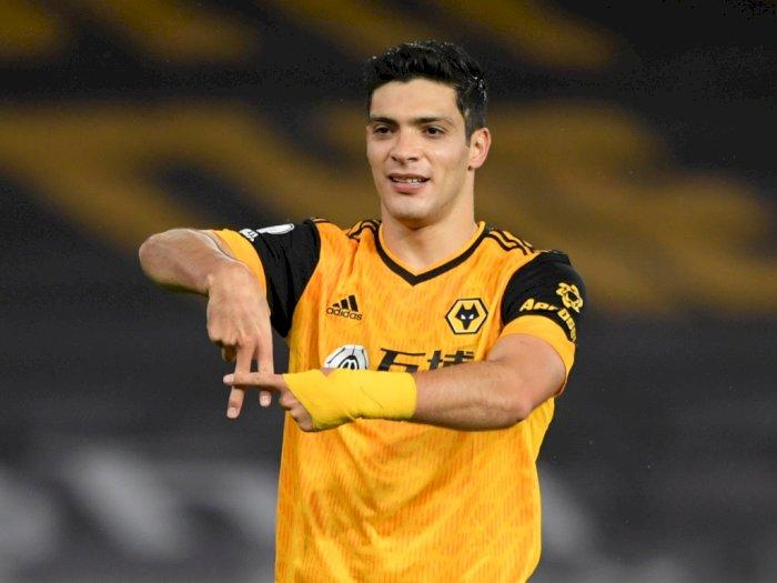 Raul Jimenez Akui Didekati Man United Tapi Merasa Bahagia di Wolves