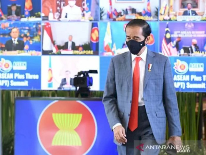Bicara di East Asian Summit, Jokowi Ungkap Hal Mengejutkan tentang Vaksin COVID-19