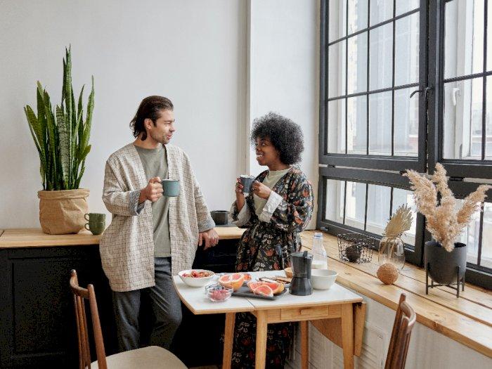 Supaya Tak Canggung Membicarakan Seks dengan Pasangan, Begini Cara yang Harus Kamu Lakukan