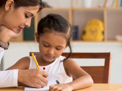 Ini 3 Metode yang Bisa Meningkatkan Kemampuan Menulis Anak Disgrafia