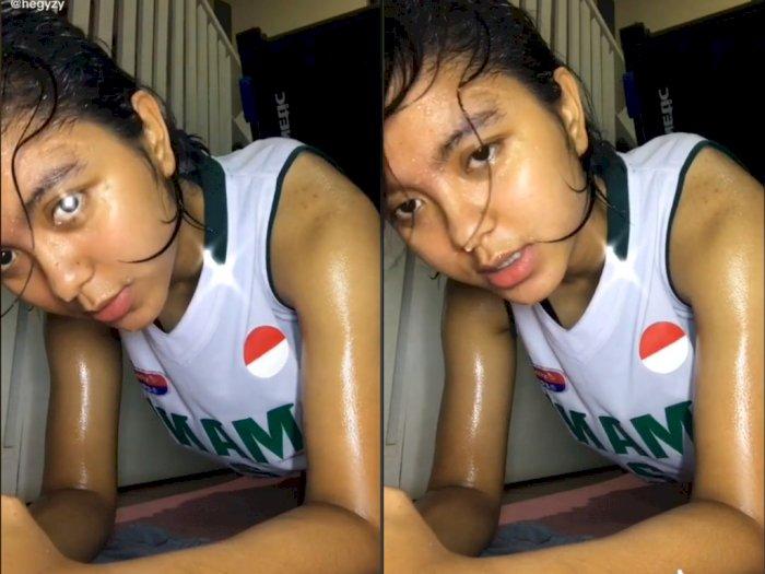 Cewek ini Bercucuran Keringat Saat Workout Dirumah, Netizen: Keren Sis