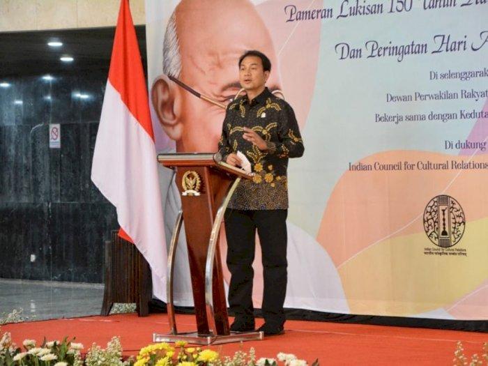 Aziz Syamsuddin Minta Masyarakat Pahami Secara Utuh Fungsi UU Cipta Kerja