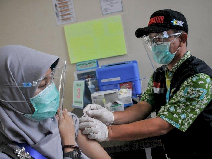 FOTO: Simulasi Vaksinasi COVID-19 di Puskesmas Cikarang