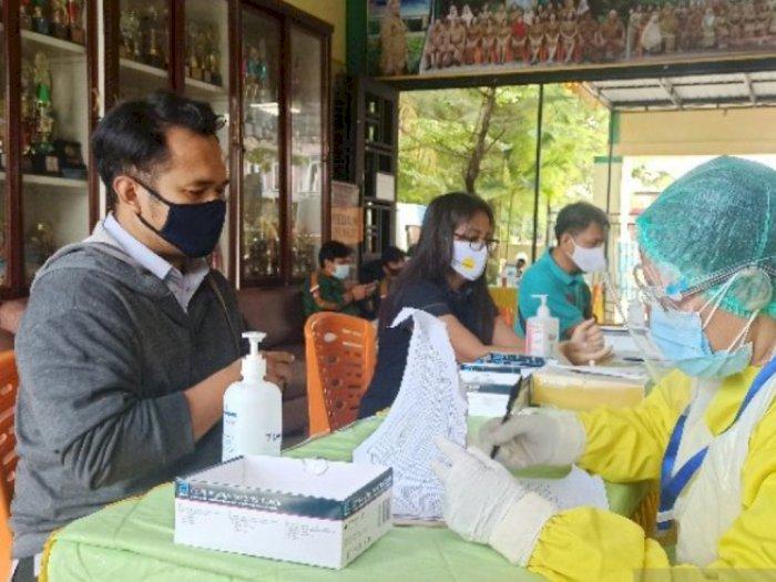 Setelah Petugas KPPS, Ribuan Pengawas TPS di Pilkada Medan Jalani Rapid Test Covid-19