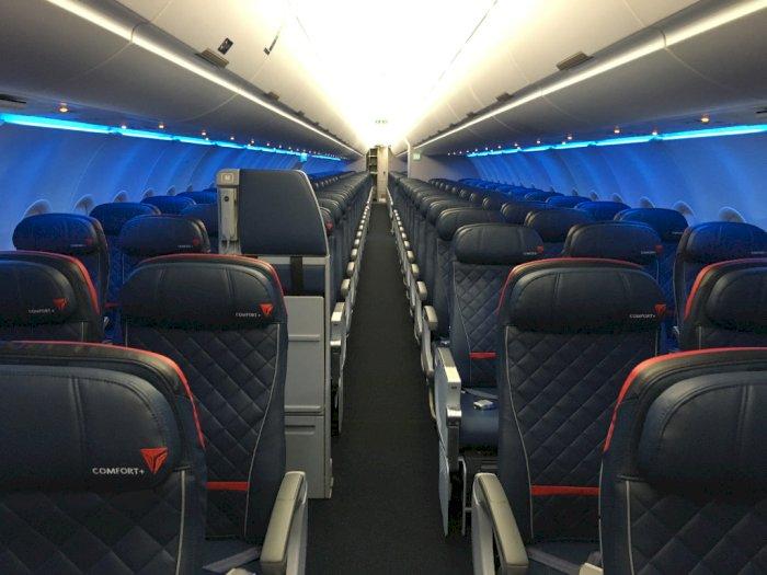 Pandemi Covid-19, Delta Airlines akan Tetap Blokir Kursi Tengah Pesawat Hingga Maret 2021