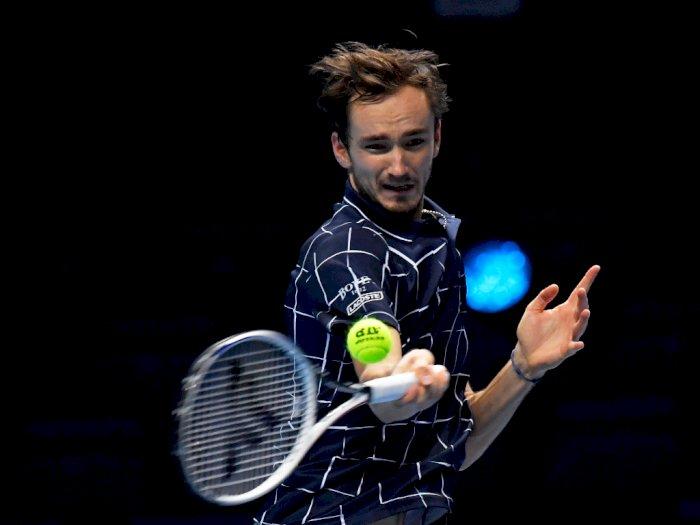 FOTO: ATP Finals, Daniil Medvedev Kalahkan Diego Schwawrtzman Untuk Hadapi Nadal
