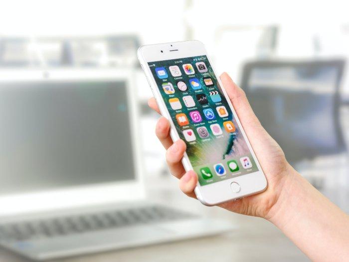 Benarkah Ponsel Bisa Berisiko Meningkatkan Kanker?