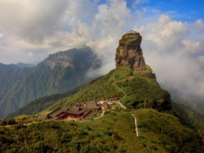 Menjelajah Fanjingshan, Gunung Suci di Tiongkok yang Menakjubkan