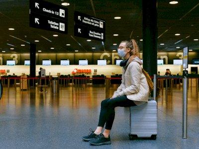 Selama Penerbangan Kamu Berisiko Tinggi Terpapar Covid-19, Berikut Pencegahannya