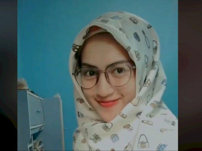Viral Cewek Cantik Diputusin Pacar Gegara Suka Pakai Baju Gamis, Nyesek
