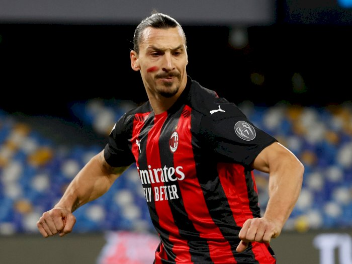 Cetak 2 Gol Dalam Kemenangan Milan di Kandang Napoli, Ibrahimovic Malah Cedera Otot
