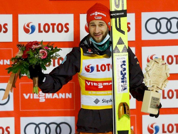 FOTO: Eisenbichler Menang Piala Dunia Lompat Ski di Wisla