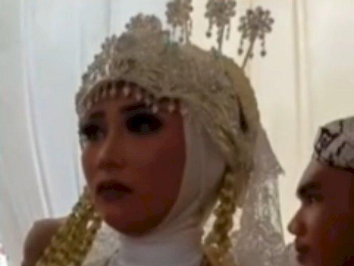 Viral Pengantin Wanita Nangis di Hari Pernikahan, Para Saudaranya pun Ikut Nangis