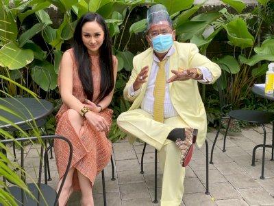 Denise Chariesta Tagih Honor Rp100 Juta ke Hotman Paris, Netizen: Katanya Kaya, Kok Ngemis