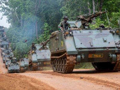 FOTO: Gladi Bersih Puncak Latihan Antar Kecabangan TNI AD