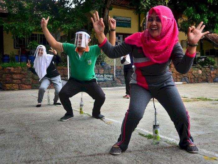 FOTO: Lomba Memperingati Hari Guru Nasional