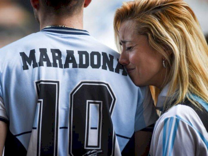Momen Penggemar Maradona Berkumpul Kenang sang Legenda, Pesan dari Penggemar Mengharukan