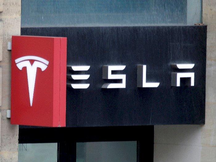 Tesla Tarik 9.500 Unit Model X dan Y Karena Ada Masalah Saat Perakitan