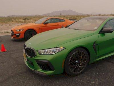 Melihat Drag Race Antara Mobil Shelby GT500 dengan BMW M8 Competition!