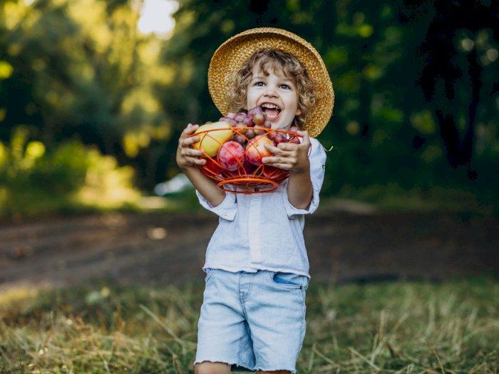Nutrisi Esensial yang Dibutuhkan Setiap Anak untuk Tumbuh Kembangnya