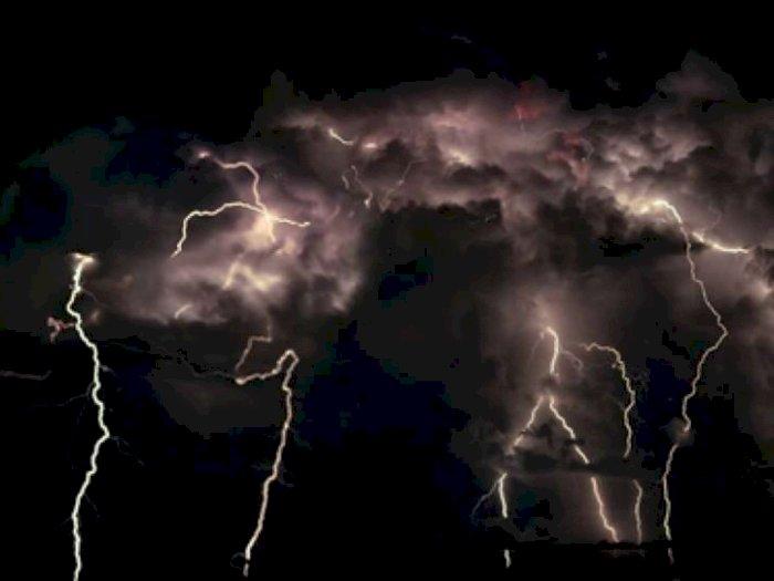 BMKG Ingatkan Waspada Terhadap Angin Kencang dan Badai Petir di Wilayah Sumut