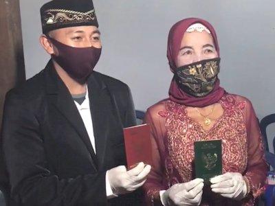 Nenek 76 Tahun Nikahi Pria Berondong 29 Tahun, Enggak Doyan yang Tua-Tua