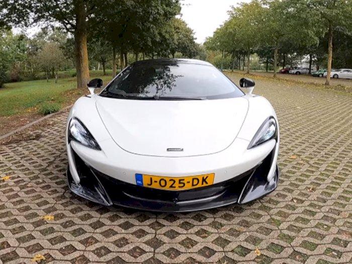 Ketika Mobil McLaren 600LT Dibawa Melaju Hingga 321 Km/H di Autobahn!