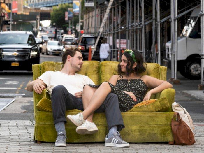 Sinopsis 'The Broken Hearts Gallery (2020)' -  Film Komedi Romantis yang Menyenangkan