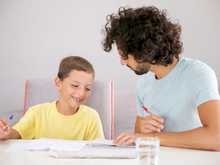 4 Tanda Zodiak Ini Akan Melakukan Apa Saja Demi Mewujudkan Impian Anak Mereka