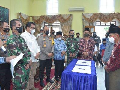 Dua Desa Saling Bertikai, Kapolda Jambi Akhirnya Turun Tangan, Gelar Mediasi Secara Adat