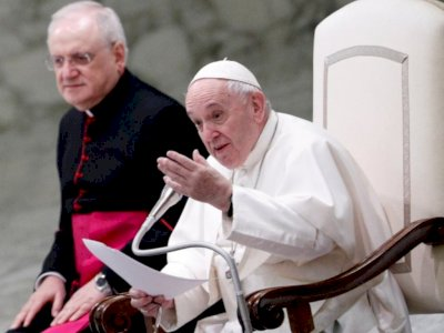 Instagram Official Paus Fransiskus 'Like' Model asal Brazil, Vatikan Lakukan Investigasi