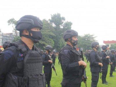 Pasca Pembantaian, Brimob Jaga Tempat Pengungsian Puluhan Warga di Sigi