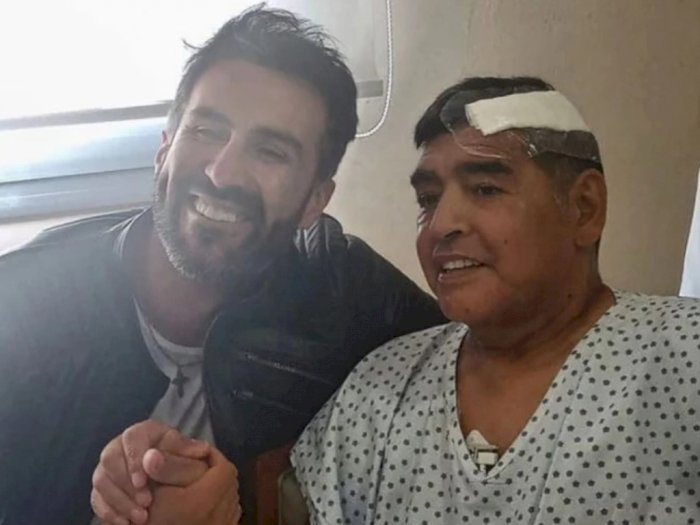 Diperiksa Polisi, Dokter Pribadi Maradona Meradang: Aku Menyayanginya dan Anggap Dia Ayah!