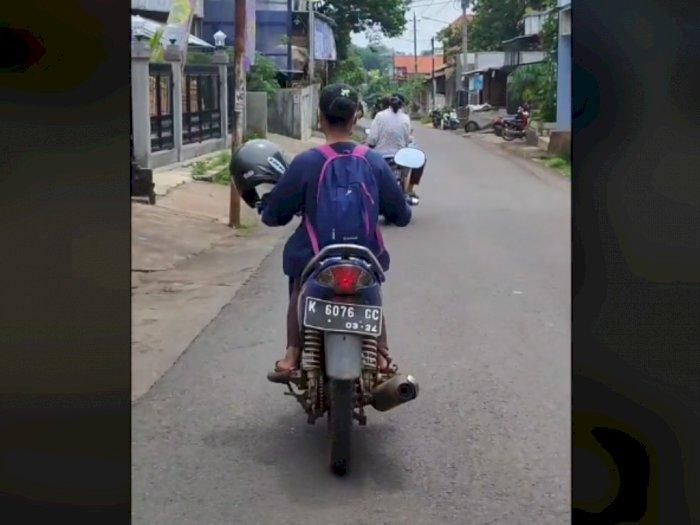 Video Wanita Naik Motor, Bawa Helm Tapi Ditaruh di Spion, Begini Ujung-ujungnya