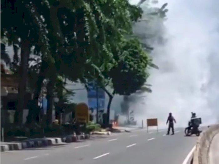 Rekaman Video Amatir Kebakaran Hebat Akibat Ledakan di Pom Bensin MT Haryono Jakarta