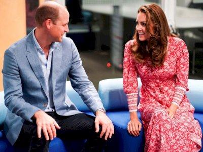 Unggahan Video Terbaru Kate Middleton, Terlihat Dirinya Memakai Blus Terbalik