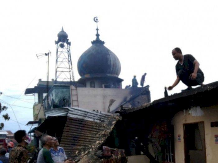 Puluhan Rumah di Belawan Hangus Dilalap Si Jago Merah, Satu Musala Juga Ikut Terbakar