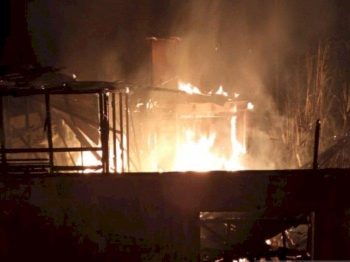 Rumah Seorang Warga di Tapsel Hangus Terbakar, Kerugian Ditaksir Capai Ratusan Juta Rupiah
