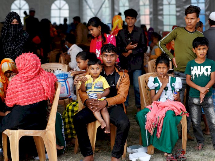Dipindahkan ke Pulau Terpencil, Pengungsi Rohingya Mengeluh karena Dipaksa