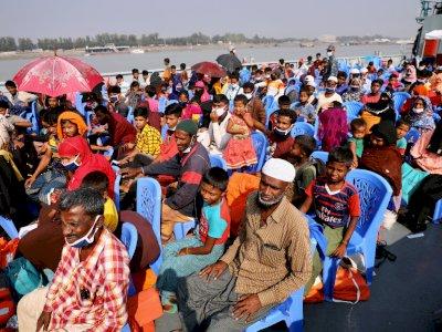 Pengungsi Rohingya Dipindahkan Otoritas Bangladesh ke Pulau Terpencil Bhasan Char