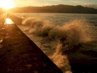 Potensi Gelombang Kategori Ekstrem di Laut Natuna Utara, Masyarakat Diminta Siaga