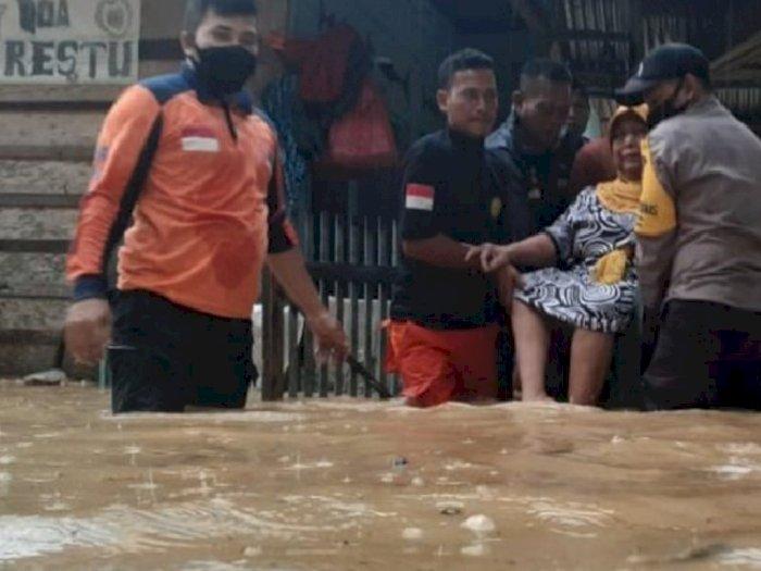 Selain Medan, Banjir Juga Menerjang Aceh Timur, 1931 Orang Mengungsi