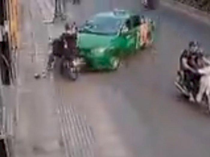 Video Aksi Copet Digagalkan Supir Taksi, Netizen Bandingkan dengan Indonesia