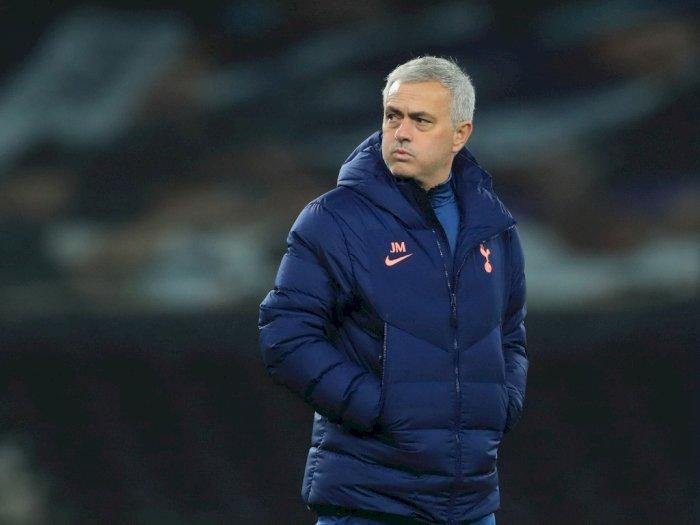 Tottenham vs Antwerp: Mourinho Kesal Dengan Posisi Ke-3 Grup di UCL Bermain di Liga Eropa
