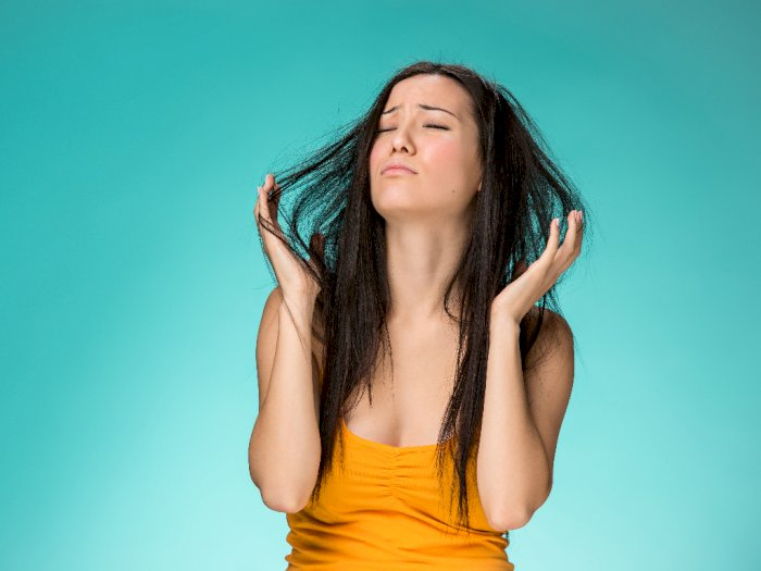 Tips Menjaga Kesehatan Kulit Kepala Selama Musim Dingin
